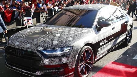Audi A8 2018 tiiser