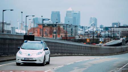 Isesõitev Nissan Leaf