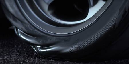 Dodge Challenger SRT Demon tyre