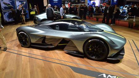 Aston Martin Valkyrie 2019