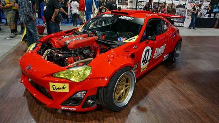 Ferrari mootoriga Toyota 4586