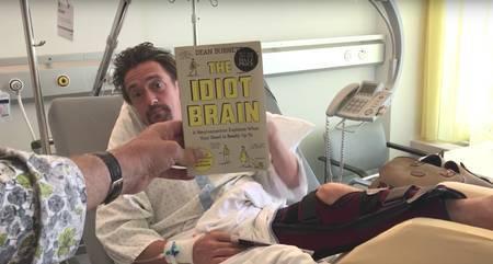 Hammond lemmikraamatuga
